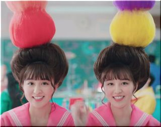 【ワイモバイルCM2018】双子の女子高生は誰?女優?モデル?