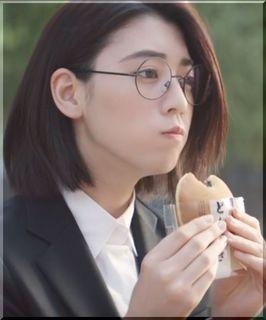 【マイナビ2019CM】就活を頑張る丸メガネの女優は誰?