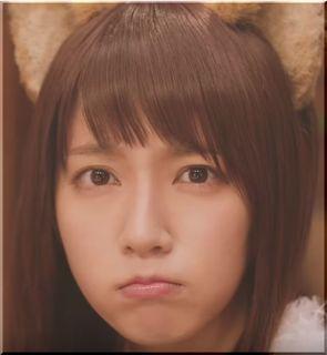 【日清どん兵衛CM】天ぷらそばに嫉妬するどんぎつね、女優は誰?
