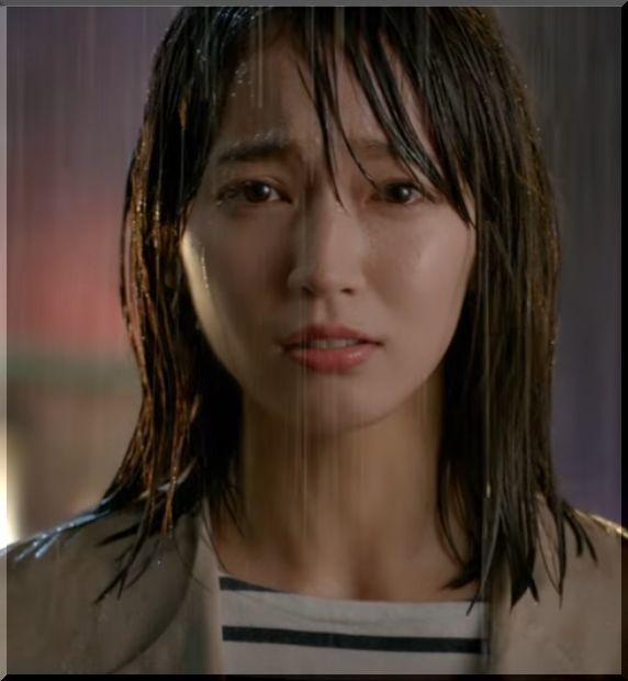【zozotown(ゾゾタウン)CM】2ヶ月待てないずぶ濡れの女優は誰?