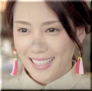 【ジャパンネット銀行CM】カンフーで調理するチャイナドレスの女優は誰?