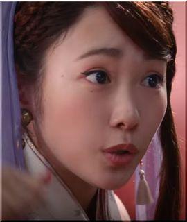 【auピタットプランCM】桃の中から織姫登場!女優は誰?