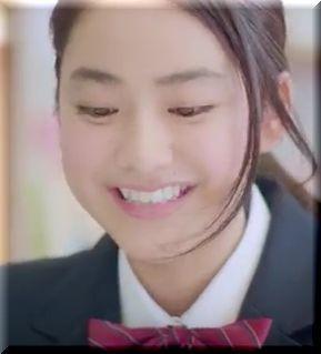 【進研ゼミプラスCM】タブレットで勉強する桜千明、女優は誰?