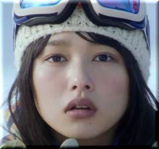 【JR SKISKI 2017CM】彼氏におんぶしてもらう女優は誰?