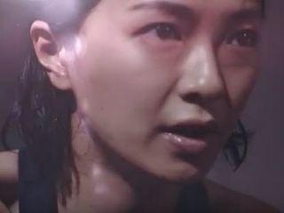 【アディダスCM】全力でバイクマシンをこいで汗だくになる女優は誰?