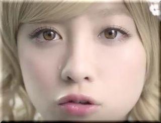 【ぷっちょCM】橋本環奈が金髪人形に!ハスキーボイスで「食べたいな」