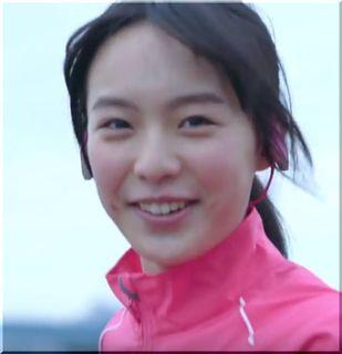 【パナソニックCM】ワイヤレスヘッドホンでジョギングする女優は誰?