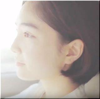 【スズキ・ラパンモードCM】坂口健太郎が見つめる横顔美人、女優は誰?