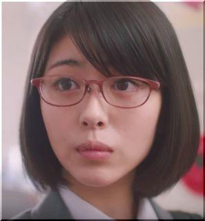 【メニコンCM】初コンタクトを妄想するメガネの女子高生は誰?