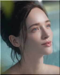 【JT CM】銭湯で富士山の壁画を眺める外国人モデルは誰?